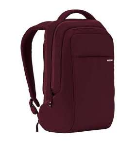 "InCase batoh Icon Backpack pre Laptop 15"" - Deep Red"