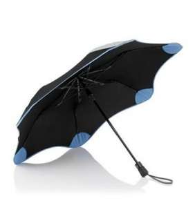 Crumpler Blunt X Crumpler Umbrella Metro