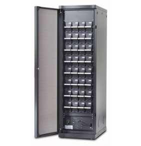APC Symmetra PX – Bateriový rám pro 400 V PX 96/160kW a 208 V PX 100kW s 9 bateriovými moduly a službou spuštění